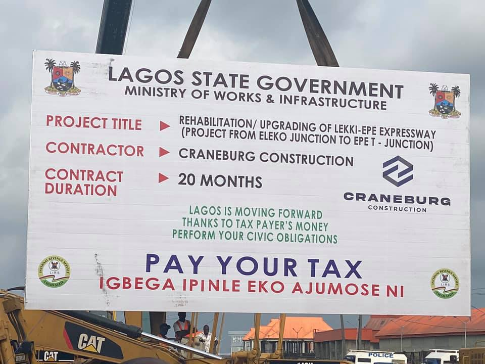 Construction of the 6-lane rigid pavement on Eleko Epe T junction